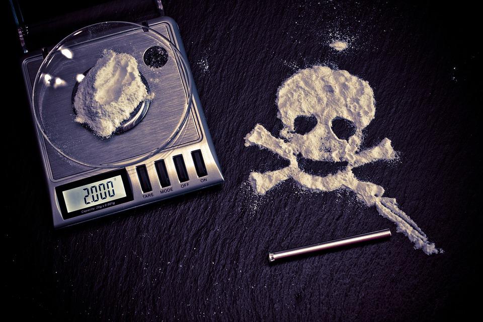 ¿Puedo ir a la cárcel por tenencia de drogas?