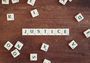 justice-2755765_960_720