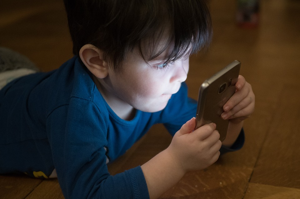 ¿Puedo recuperar el dinero en una compra online realizada por menores?