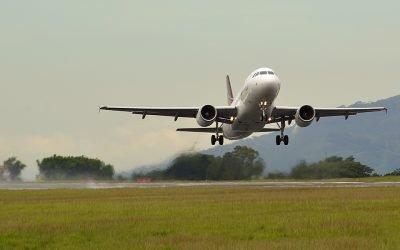 ¿Qué hago si la aerolínea me pierde o daña la maleta?